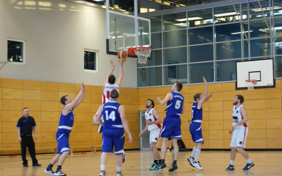 Basketballkrimi in der Palisadenstraße Friedrichshain